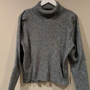 Liz Claiborne LizSport Sweater